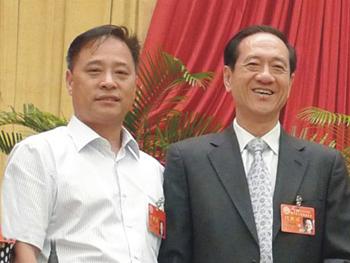 全国人大副委员长韩启德与谢晓林董事长-16170253992.jpg
